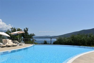 two-bedroom-apartment-with-pool-13056--3-