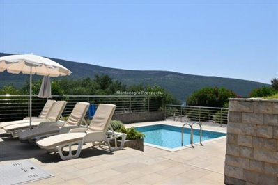two-bedroom-apartment-with-pool-13056--5-