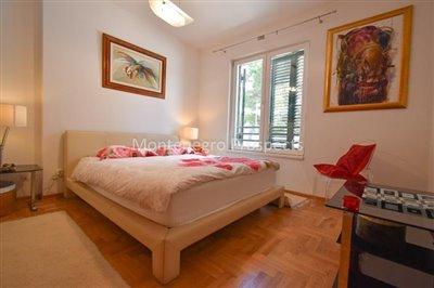 Spacious-apartment-in-Herceg-Novi--1-of-1--2