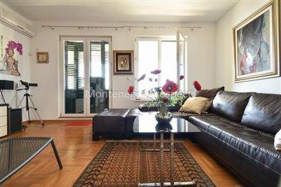 Spacious-apartment-in-Herceg-Novi--1-of-1--12