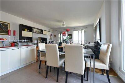 Spacious-apartment-in-Herceg-Novi--1-of-1--11