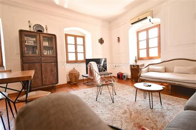 Frontline-apartment-in-Prcanj-for-sale---1-of-1--3