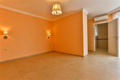 beautiful-villas-for-sale-13073--5-