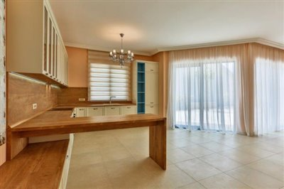 beautiful-villas-for-sale-13073--7-