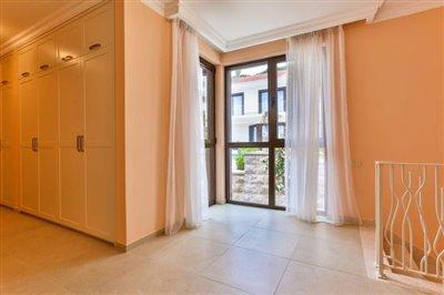 beautiful-villas-for-sale-13073--8-