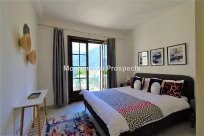 two-bedroom-apartment-with-sea-views-kotor-11036--9-
