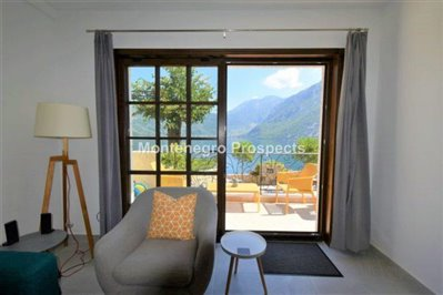 two-bedroom-apartment-with-sea-views-kotor-11036--2-