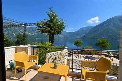 two-bedroom-apartment-with-sea-views-kotor-11036--3-