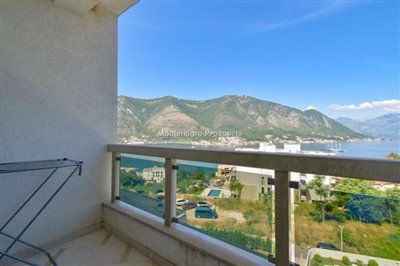 one-bedroom-apartment-with-sea-views-13092--1-