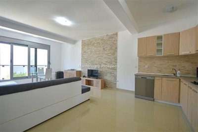 one-bedroom-apartment-with-sea-views-13092--7-