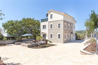 Beautiful-house-for-sale-on-Lustica-peninsula-13097--5-