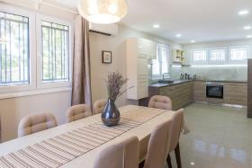 Image No.11-Maison de 4 chambres à vendre à Tivat