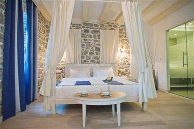 beautiful-hotel-for-sale-in-Kamenari--6-