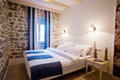 beautiful-hotel-for-sale-in-Kamenari--8-