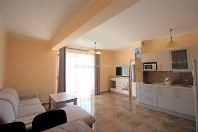 two--bedroom-apartment-in-Petrovac-10186--2-