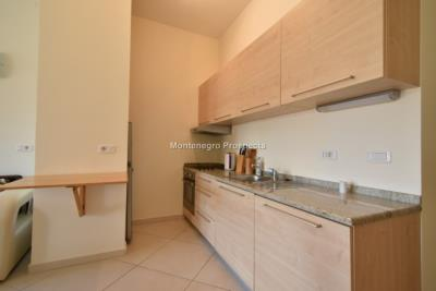 One-bedroom-apartment-with-partial-sea-views-priced-for-quick-sale--Dobrota--13116--5-