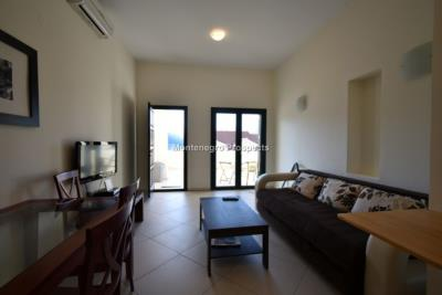 One-bedroom-apartment-with-partial-sea-views-priced-for-quick-sale--Dobrota--13116--9-