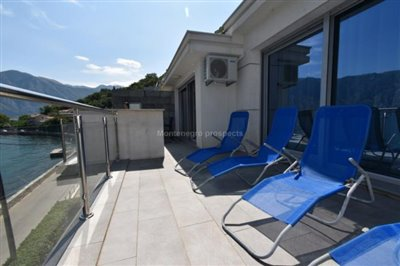 Duplex-with-beautiful-sea-views-13103--22-