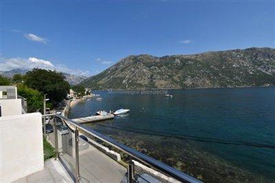 Duplex-with-beautiful-sea-views-13103--20-