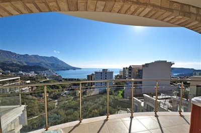Two-bedroom-apartment-with-panoramic-sea-views--Becici--13119--2-