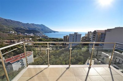 Two-bedroom-apartment-with-panoramic-sea-views--Becici--13119--17-