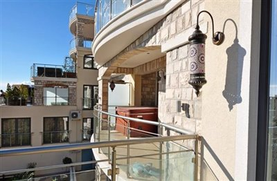 Two-bedroom-apartment-with-panoramic-sea-views--Becici--13119--18-