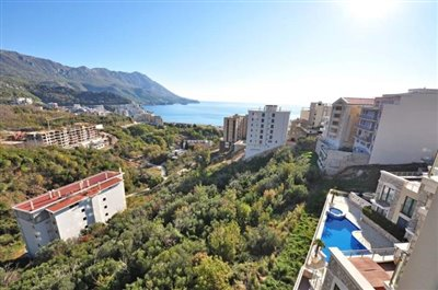 Two-bedroom-apartment-with-panoramic-sea-views--Becici--13119--26-