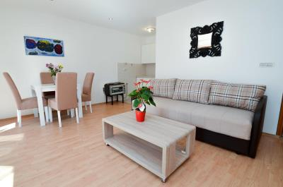 one-bedroom-apartment-at-excellent-location-in-Old-town-of-Kotor--13122--9-