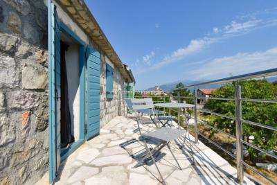 Kakrc-waterfront-semidetached-house-13082--18-