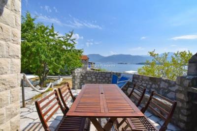 Kakrc-waterfront-semidetached-house-13082--29-