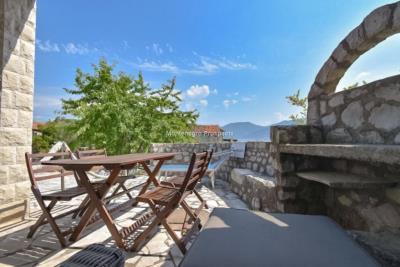 Kakrc-waterfront-semidetached-house-13082--31-