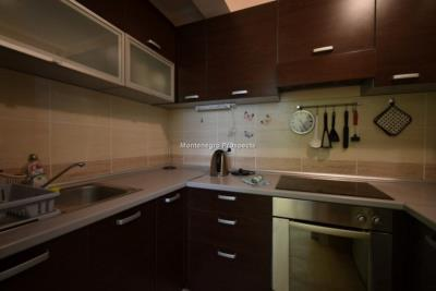 Two-bedroom-apartment-in-a-complex-with-shared-pool--13129--4-
