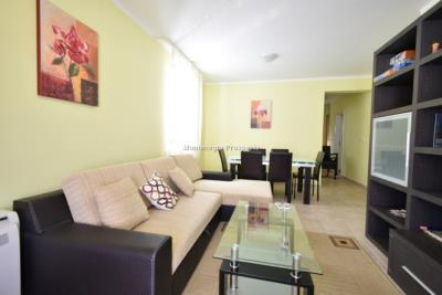 Two-bedroom-apartment-in-a-complex-with-shared-pool--13129--16-