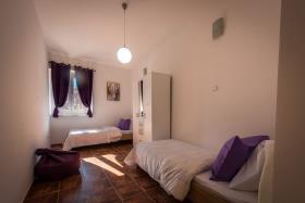 Image No.5-Appartement de 2 chambres à vendre à Kotor