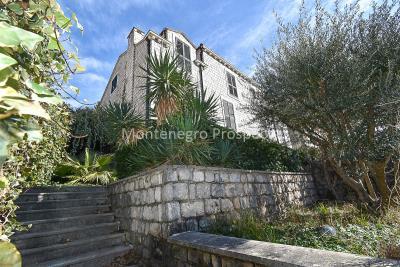 fabulous-villa-for-sale-in-Herceg-Novi--1-of-1-