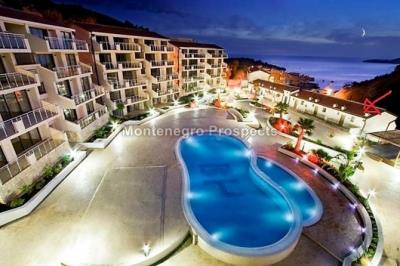 one-bedroom-apartmetn-with-a-pool-12089--2-