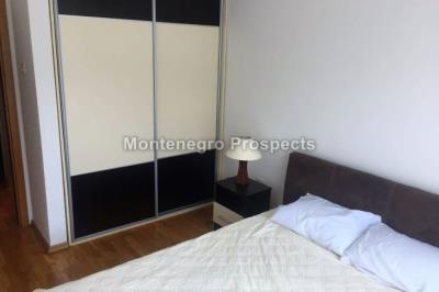 one-bedroom-apartmetn-with-a-pool-12089--4-