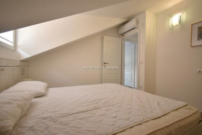 Bright-top-floor-apartments-for-sale-on-first-line-of-sea--Muo--Kotor--13150--10-