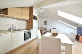 Image No.1-Appartement de 4 chambres à vendre à Kotor