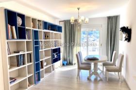 Image No.1-Appartement de 2 chambres à vendre à Budva