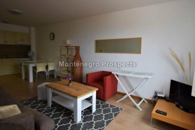 One-bedroom-apartment-located-in-a-small-complex--Becici--12245--7-