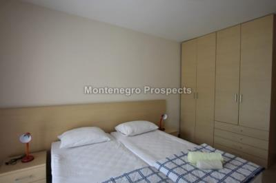 One-bedroom-apartment-located-in-a-small-complex--Becici--12245--9-