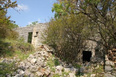 Large-plot-with-a-house-and-two-ruins-for-sale--Skadar-Lake--13171--8-_1600x1067