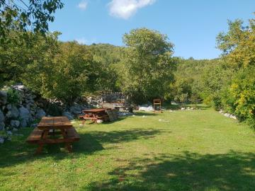 Large-plot-with-a-house-and-two-ruins-for-sale--Skadar-Lake--13171--15-_1600x1200