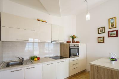 Two-bedroom-apartment-on-great-lcoation-Tivat--13174--10-