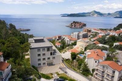 Real-Estate-Sveti-Stefan-2_1576x1050-670x446