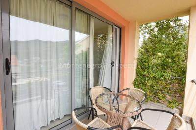 Apartment-in-Becici-for-sale-1-of-1-3-670x446
