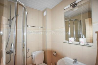 Apartment-in-Becici-for-sale-1-of-1-7-670x446