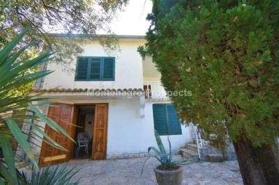 Beautiful-cosy-villa-in-Krasici--only-few-steps-from-the-sea--11060--12-