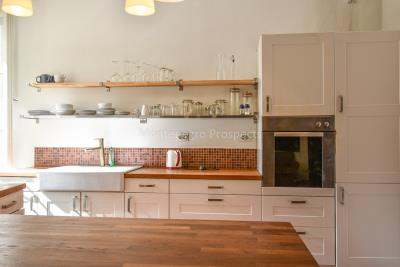 Two-bedroom-apartment-for-sale-in-the-Old-town-of-Kotor--2-